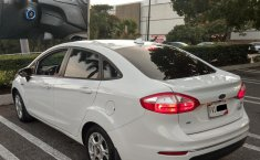 FORD FIESTA SE AUTOMATICO COLOR BLANCO OXFORD 2015-5