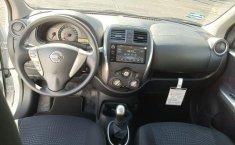 Seminuevo Nissan March-8