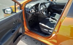 Nissan Versa 2020 Naranja-2
