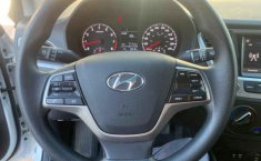 Hyundai Accent-17