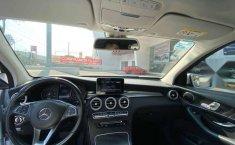 Mercedes-Benz Clase GLC 2017 5p GLC 300 Off Road L-13