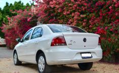 Volkswagen Gol 2013 Sedan-4