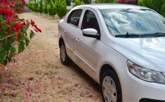 Volkswagen Gol 2013 Sedan-8