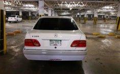 Mercedez Benz 1999-4