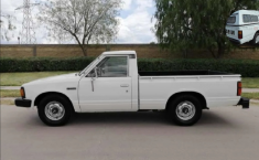 Nissan Pick Up 1993 Blanco-0