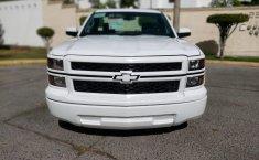 Camioneta pick up chrevolet silverado automática blanca con aire acondicionado, lista para el trabajo-7