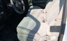 Camioneta pick up chrevolet silverado automática blanca con aire acondicionado, lista para el trabajo-9
