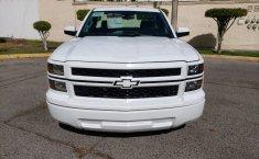 Camioneta pick up chrevolet silverado automática blanca con aire acondicionado, lista para el trabajo-10
