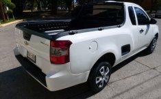 Camioneta pick up chrevolet tornado estándar blanca con aire acondicionado, lista para el trabaj-5