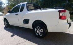 Camioneta pick up chrevolet tornado estándar blanca con aire acondicionado, lista para el trabaj-6