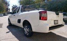 Camioneta pick up chrevolet tornado estándar blanca con aire acondicionado, lista para el trabaj-11