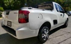 Camioneta pick up chrevolet tornado estándar blanca con aire acondicionado, lista para el trabaj-13