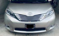 Toyota Sienna Limited, Piel, QC, Xenon, Asientos eléctricos-1