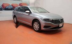 Volkswagen Jetta 2019 4p Trendline L4/1.4/T Aut-4