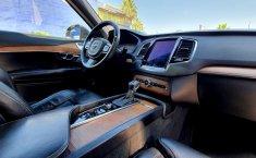 Volvo XC90-10