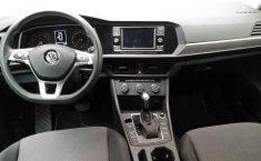 Volkswagen Jetta 2019 4p Trendline L4/1.4/T Aut-2