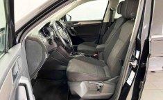 Volkswagen Tiguan 2019 5p Confortline L4/1.4/T Aut-10