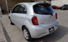 Nissan March-11