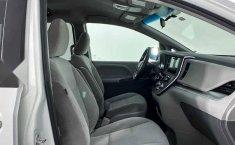 31703 - Toyota Sienna 2017 Con Garantía At-7
