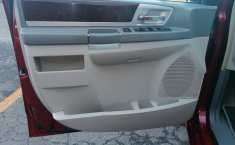 Chrysler Town & Country 2009-9