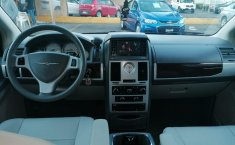 Chrysler Town & Country 2009-7