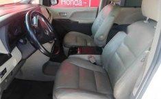 Toyota Sienna 2015 5p XLE V6/3.5 Aut Q/C Piel-3