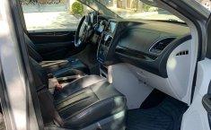 Chrysler Town and Country 2016 de cochera, Touring, TA, CD, piel, DVD, Stow n Go, GPS, RA-17, 5 pts.-7