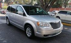 Chrysler Town & Country 2010 -0