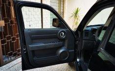 Dodge Nitro Negro -7