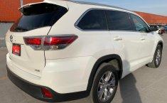 Toyota Highlander 2015 XLE-4