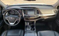 Toyota Highlander 2015 XLE-8