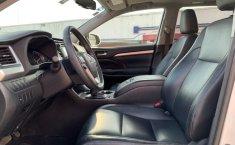 Toyota Highlander 2015 XLE-10