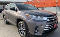 Toyota Highlander 2019 XLE-2
