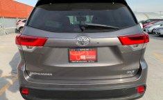 Toyota Highlander 2019 XLE-5