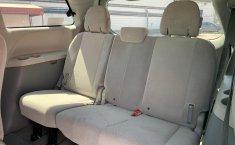 Toyota Sienna 2013 XLE-5