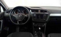 Volkswagen Tiguan-5