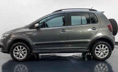 Volkswagen Crossfox-11
