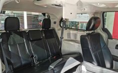 Chrysler Town & Country 2015 5p Touring V6/3.6-9