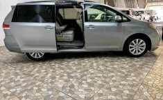 Toyota sienna xle piel quemacocos factura original-2