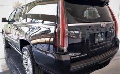 Cadillac Escalade-2