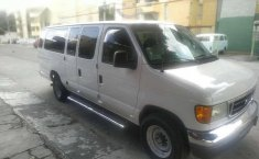 Camioneta Ford Econoline 15 Pasajeros-2