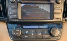 Toyota Rav4 Xle-8