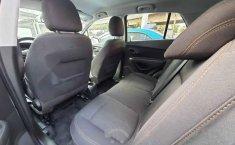 Chevrolet Trax 2020 5p LT L4/1.8 Aut (B)-2