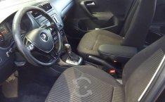 Volkswagen Vento 2015 1.6 Highline At-1