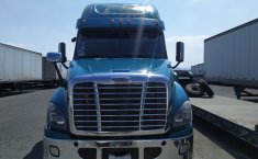 Tractocamion Freightliner Cascadia Raised Roof Modelo 2015-1