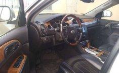Buick Enclave 2011-9