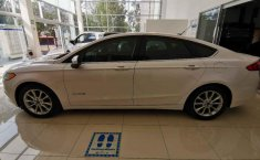 Ford Fusion-18