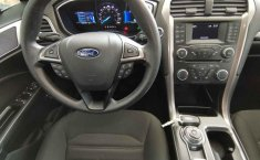 Ford Fusion-13