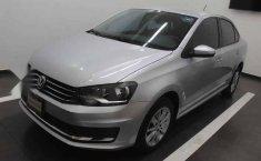 Volkswagen Vento 2016 4p Comfortline L4/1.6 Aut-13
