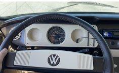 VW Combi 1981 recién restaurada -5